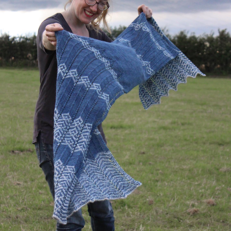 Iara knitting pattern by Renee Callahan